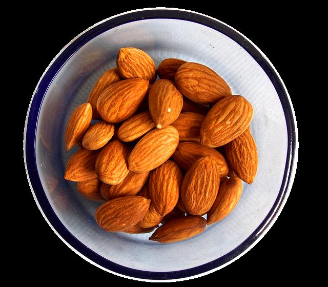 almonds-1740176_640