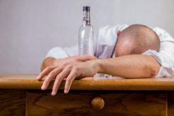 alcohol-428392_640(1)