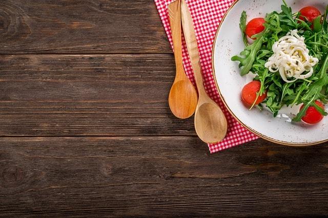 salad-2068220_640-min