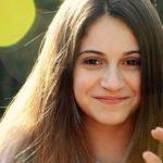 portrait-3137833_640-min