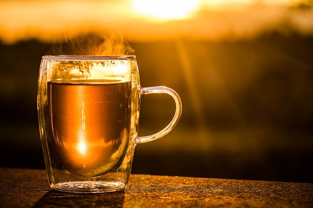 teacup-2324842_640-min