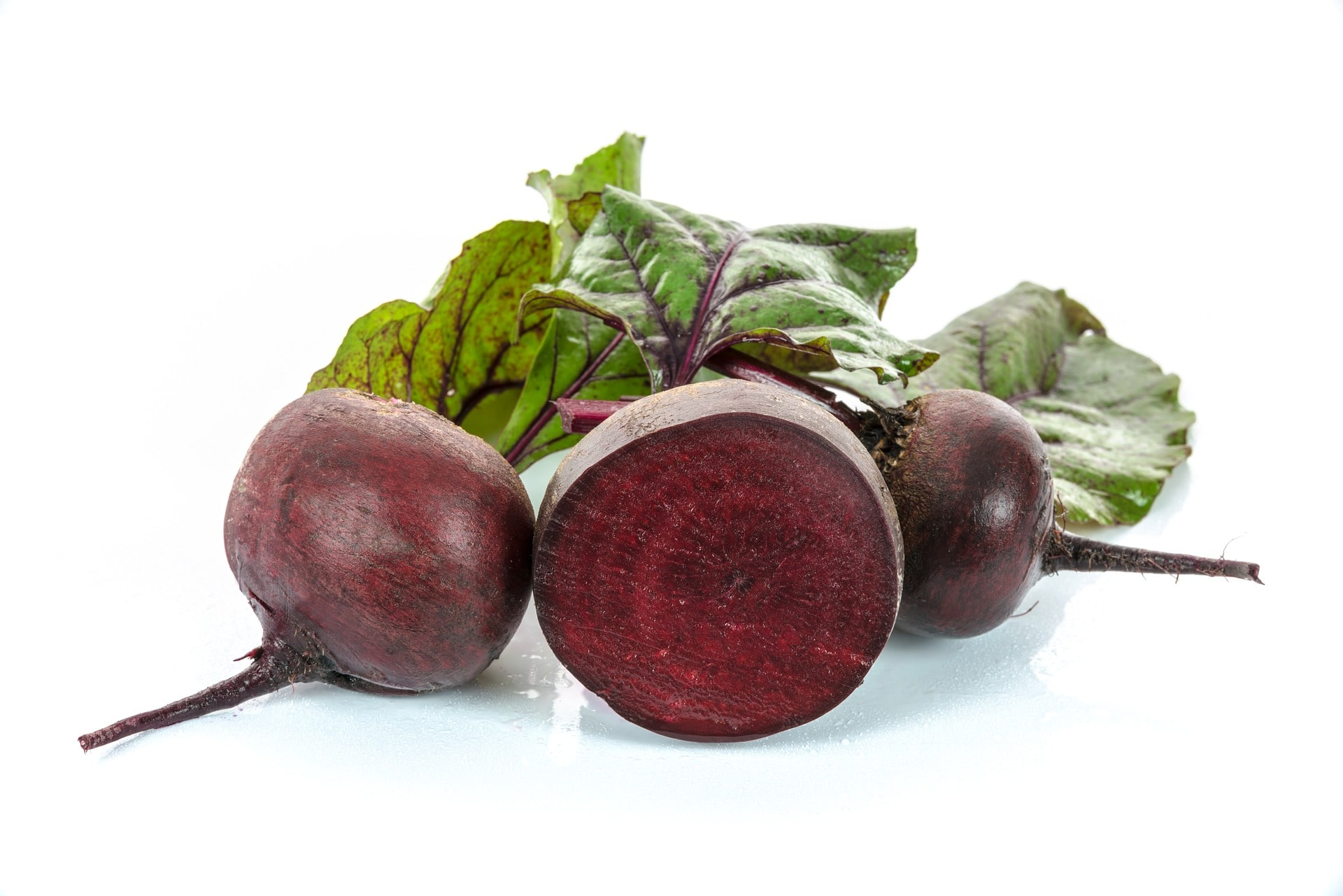 red-beets-1725799_1920-min